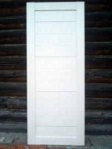 Глухая царговая дверь облицованная экошпоном