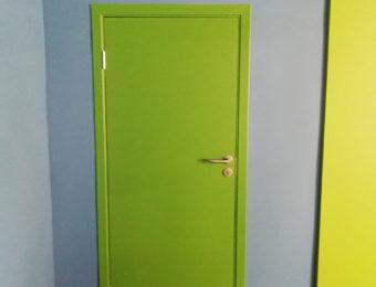 Межкомнатная крашеная дверь по каталогу RAL