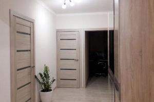 Царговые межкомнатные двери в интерьере