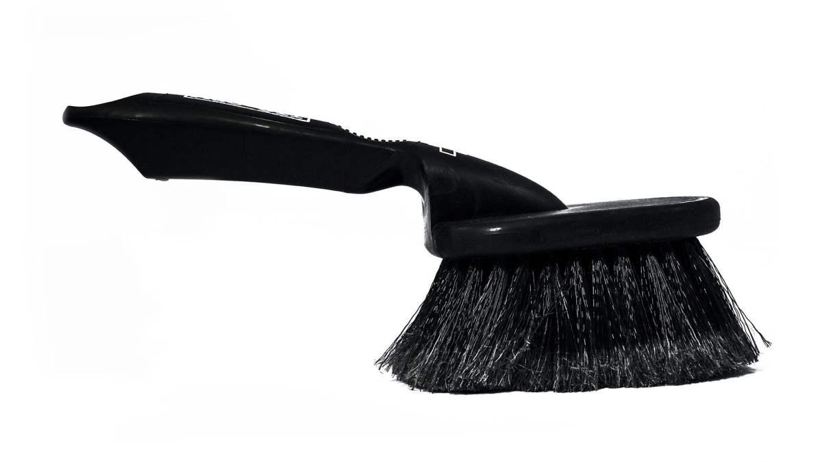 - Muc-Off Soft Washing Brush, krtača za čiščenje okvirja in vilic - OPTIBIKE