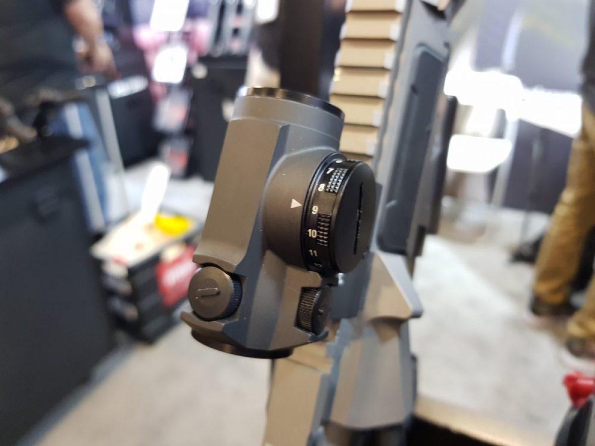 Holosun 'R' models feature a rotary illumination switch