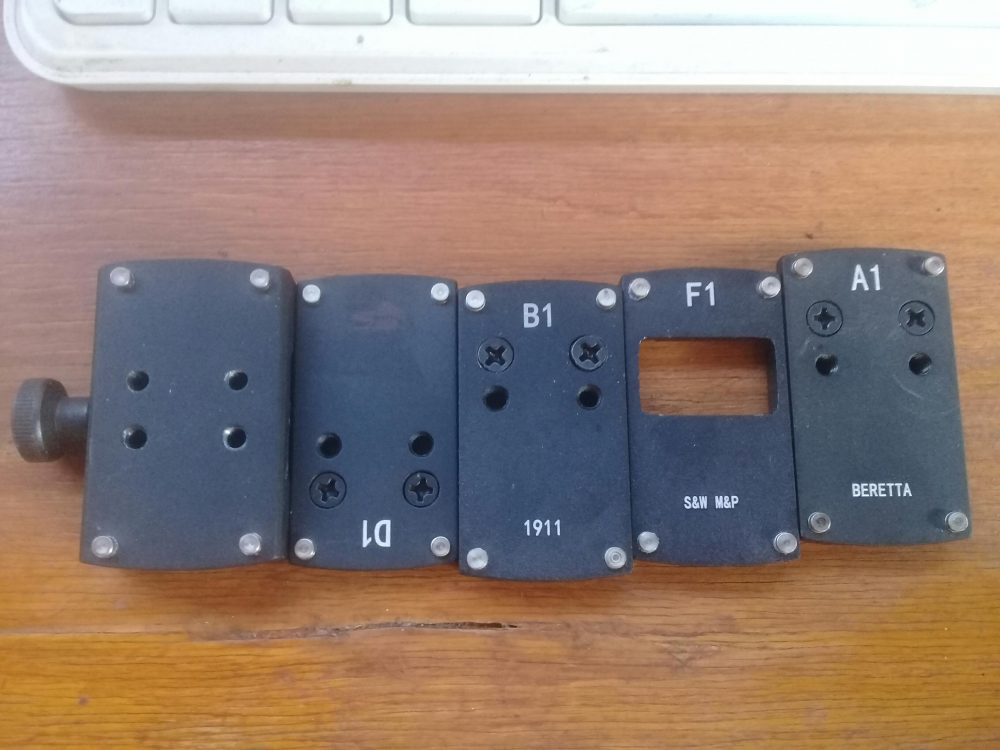 Various adapters for the Docter/Noblex footprint (for different pistols) (source: Christian S.)