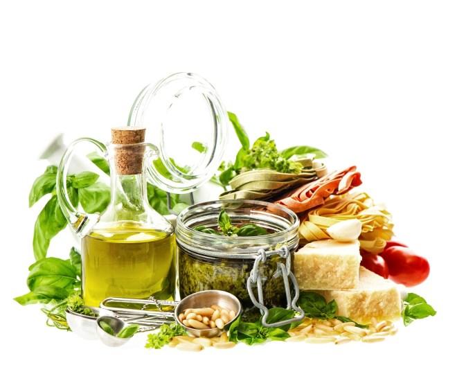 Flerumettet fett, enumettet fett og sunne karbohydrater er sunnere enn mettet fett
