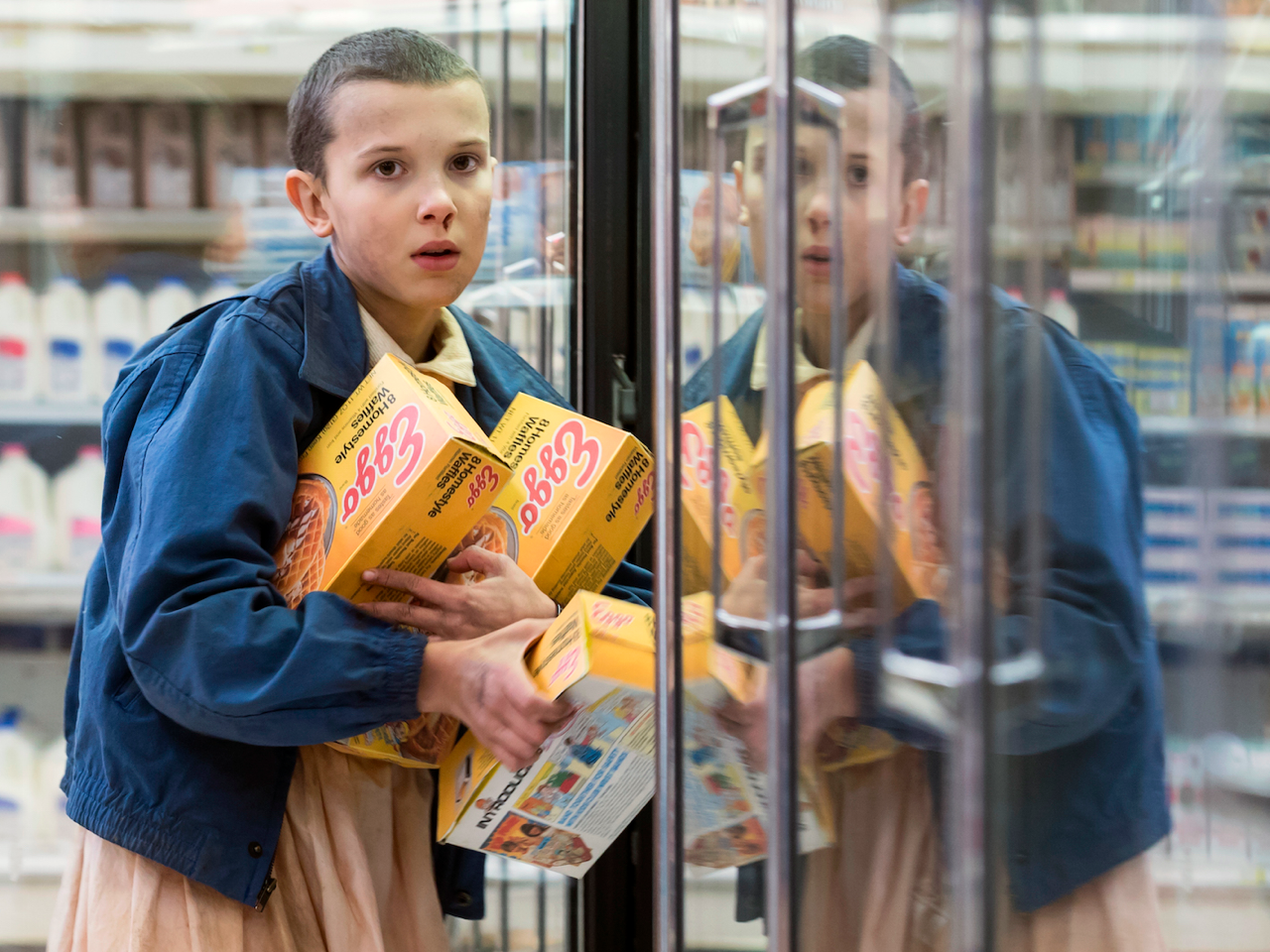 the-stranger-things-actress-behind-eleven-doesnt-love-eating-tons-of-eggo-waffles