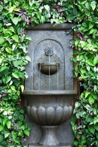 Outdoor Water Wall Fountain - talentneeds.com