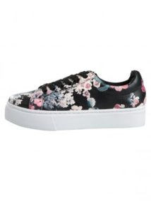 Moa Floral Sneaker by Pieces