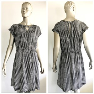 LOUCHE Ladies Black & White Print Short Sleeve Dress Size 16