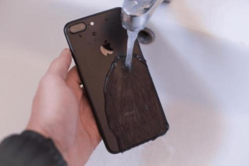 Protective film new technology, invisible liquid glass to make your phone screen as strong as precious stones