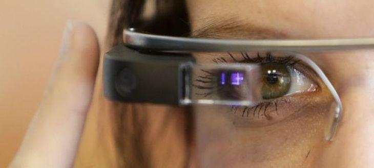 Vaunt The Google Glass, unlike Vaunt, has a camera on its side (REUTERS)