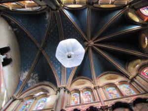 ballon intérieur église