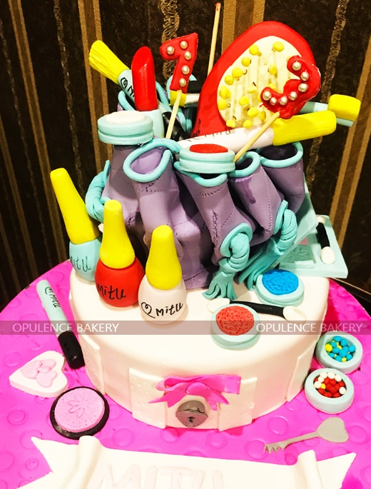 Makeup Themed Cake in 4 Pounds