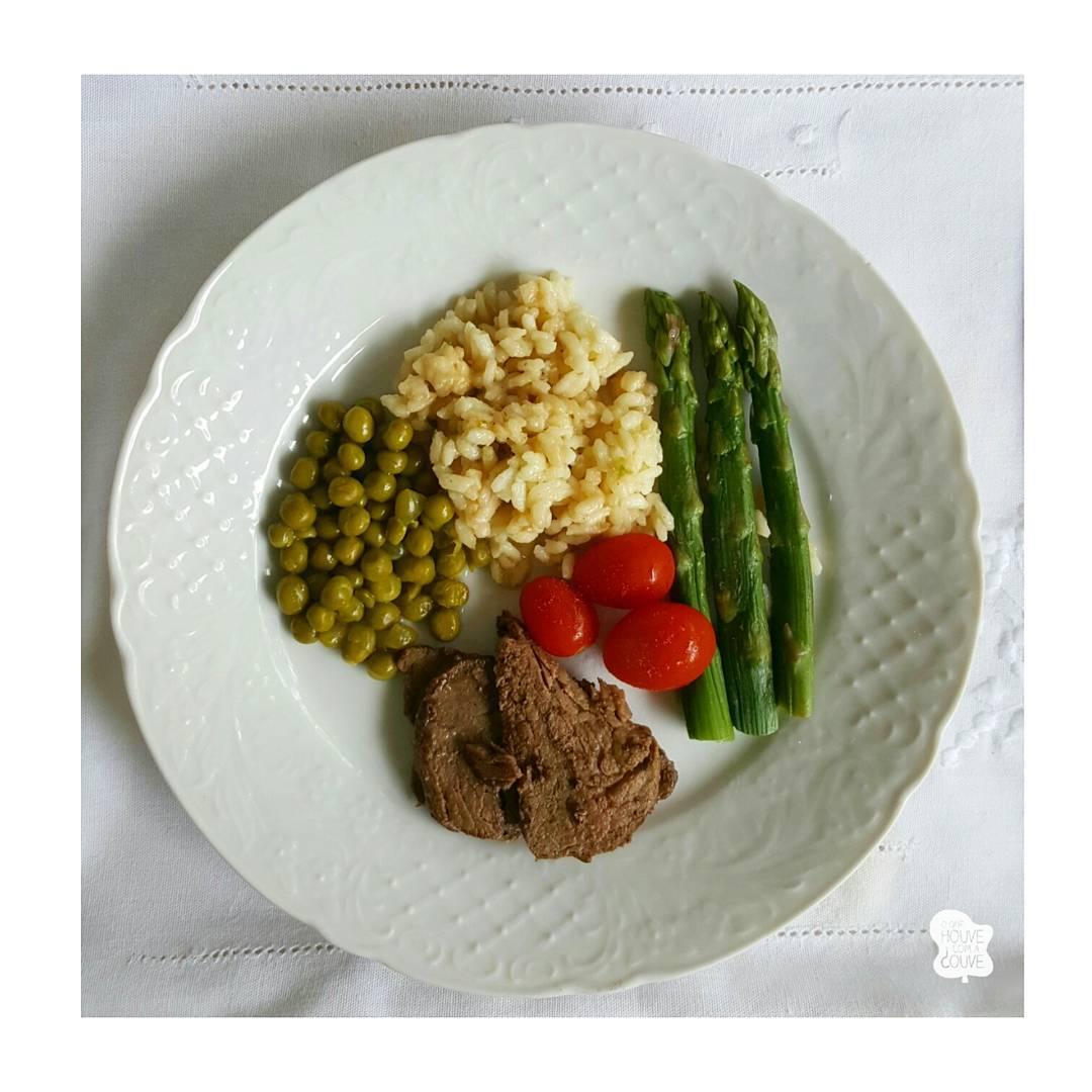 Almocinho nosso de cada dia no desafiodacouve  ervilha hellip