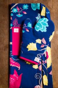 Kit Avental + Luva de Forno Azul Florido