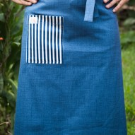 Avental de Cintura Azul Jeans Bolso Listrado