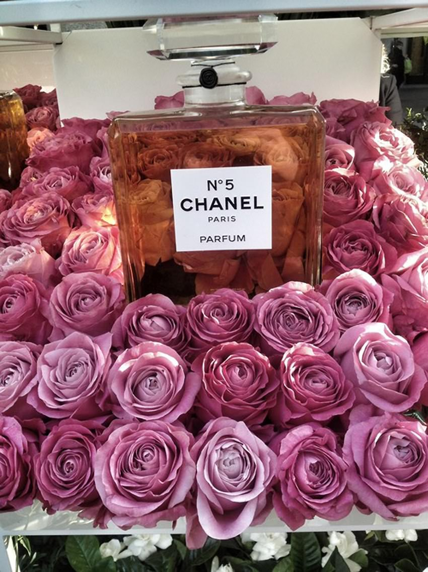Chanel-Flower-Stall.1