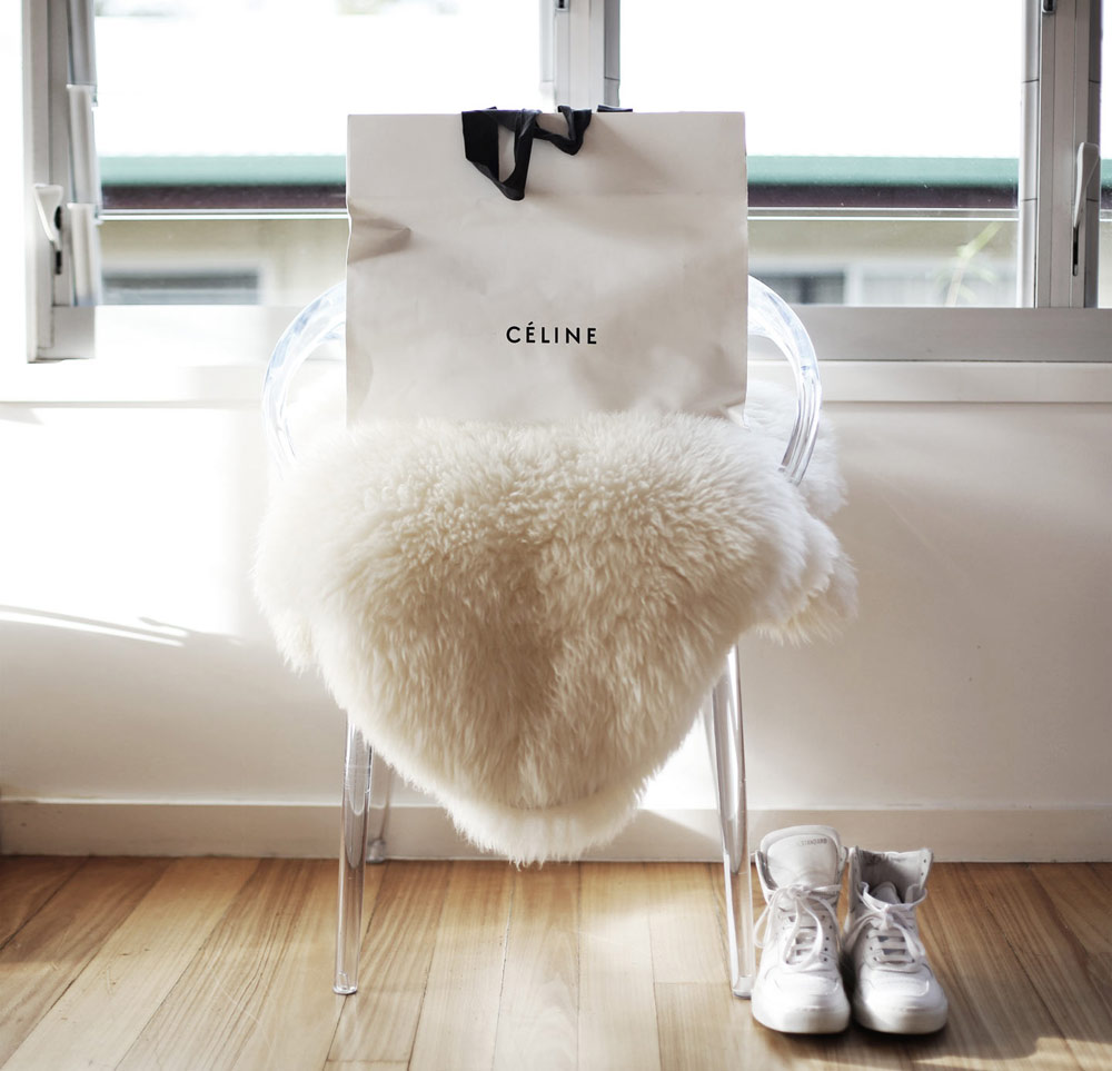 Celine shopping white sneakers high tops sheep skin clear chair