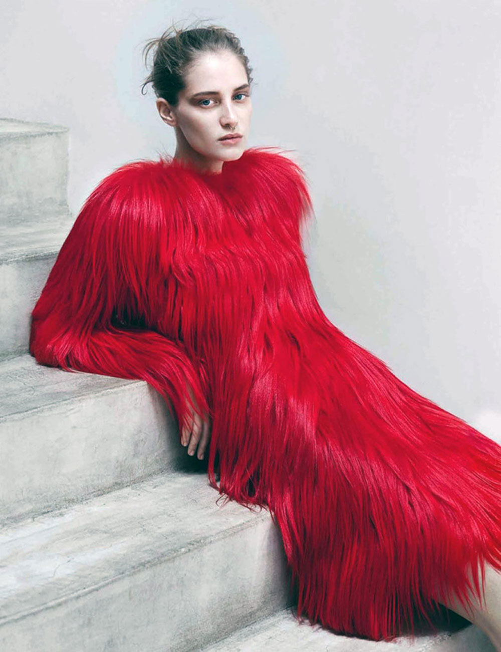 melina, gusto, model, thomas, lohr, photographer, vogue, germany, fasion, magazine, oracle, fox, editorial, photography, red, fur, dress