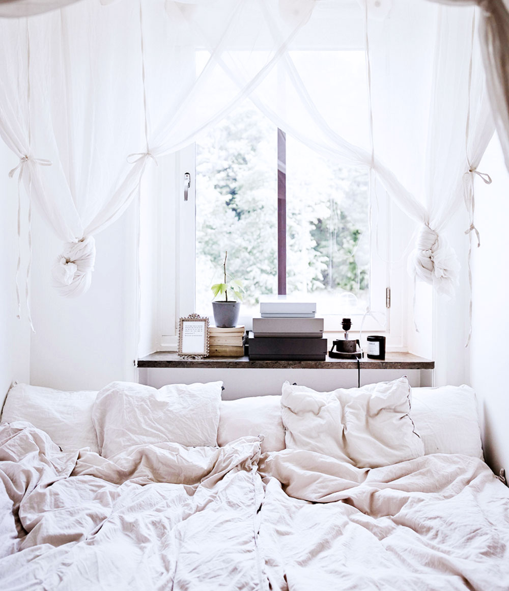 tiny, spaces, sunday, sanctuary, small, interiors, white, bedroom, scandinavian, house, oracle, fox