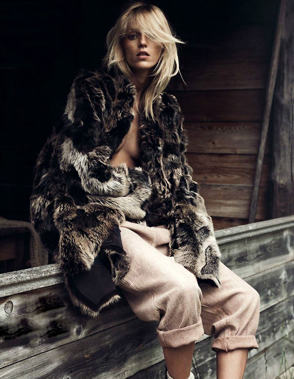 anja, rubik , vogue, paris, lachlan , bailey, geraldine, saglio, knit, wear, fashion, editorial, oracle, fox