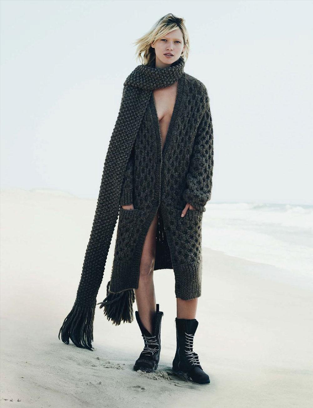 Hana, Jirickova, Luxury, Oversized, Knits, Winter, Fashion, Vogue, Editorial, Magazine, Oracle, Fox