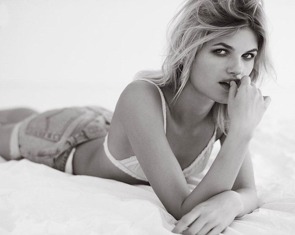 Louise, Mikkelsen, Henrik Adamsen, fashion, editorial, minimale, black, white, portrait, beds, white sheets, lingerie