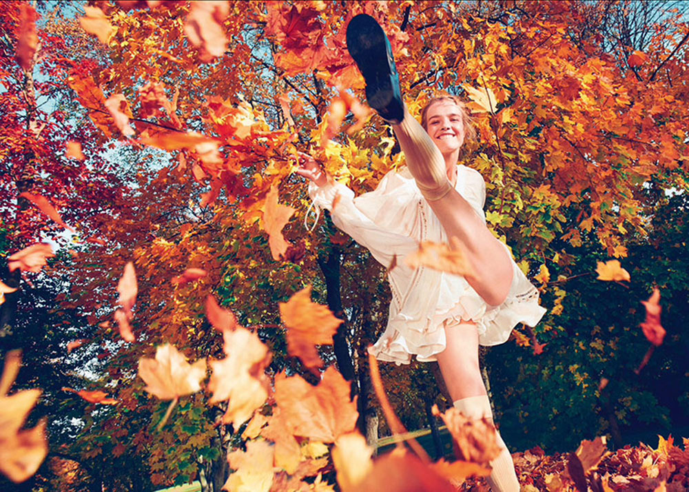 Oracle, Fox, Natalia, Vodianova, By, Ryan, Mcginley, Porter, Magazine, Spring, Floral, Fashion,