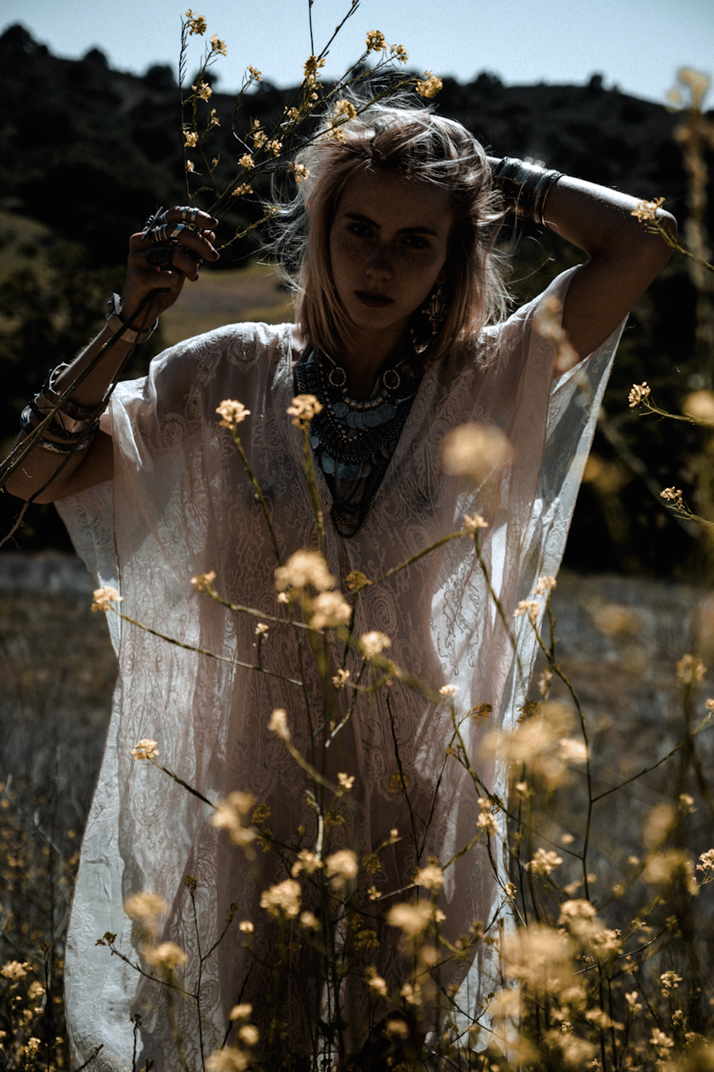 24-kesler-tran-editorial-white-lace-fields-oracle-fox