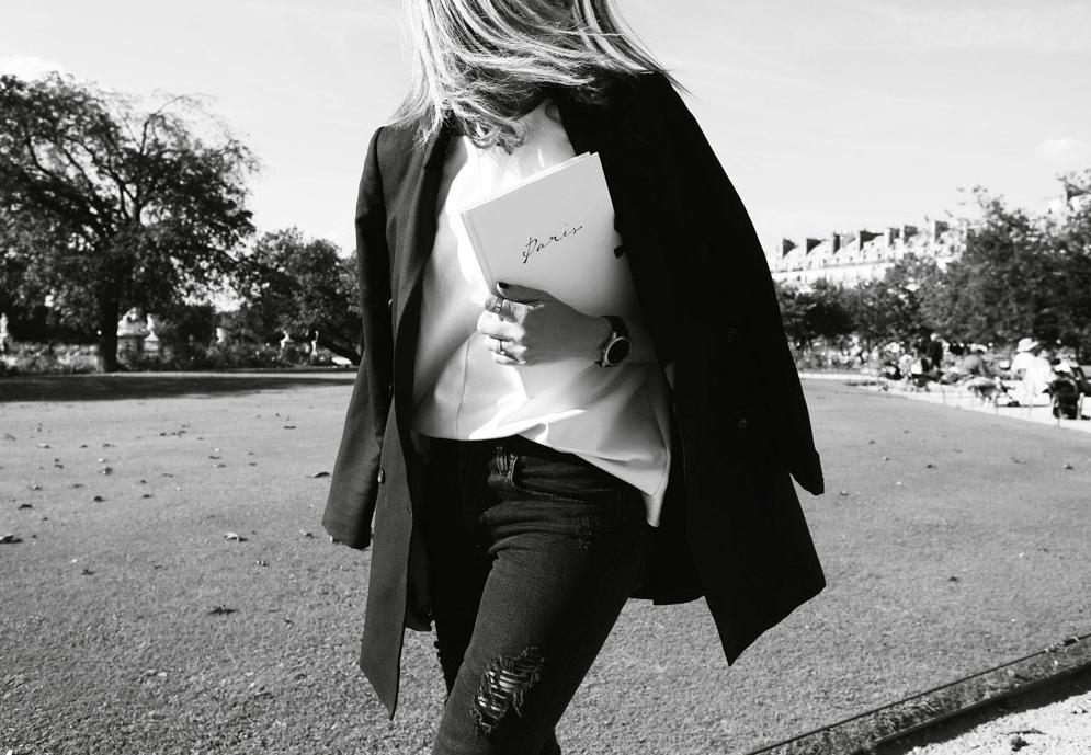 oracle fox, paris, black & white, photography, paris fashion week, pfw,