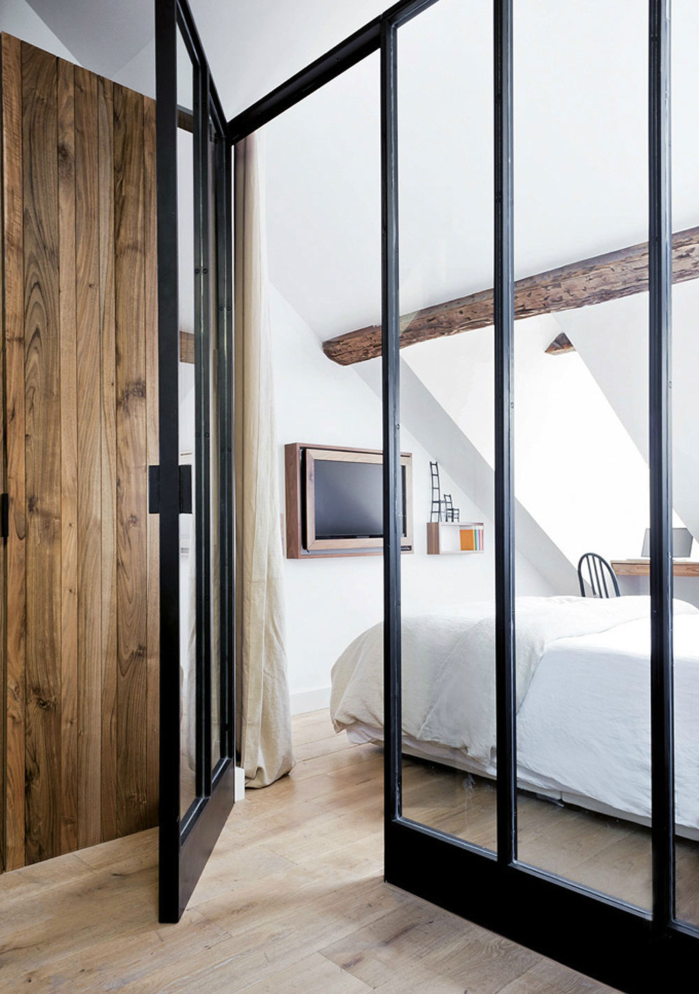 oracle, fox, sunday, sanctuary, minimal, industrial, raw, interior, natural, timber, lounge, room, bedroom