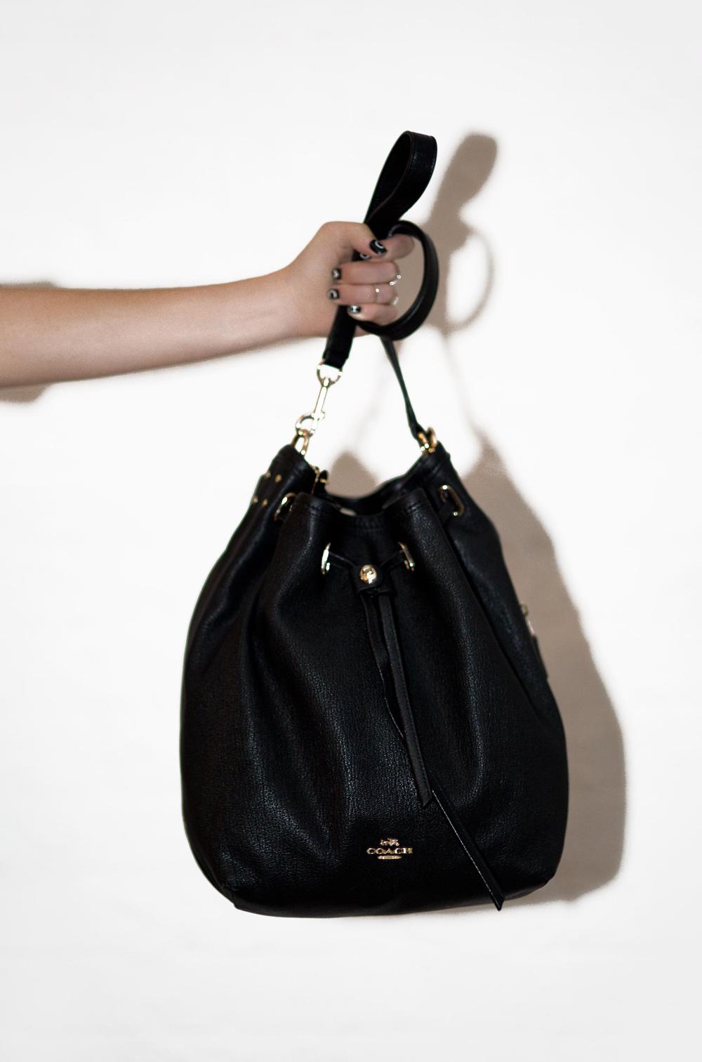 Coach, Coach bag, coach handbag, bag, turn lock bag, black bag, bucket bag, white suit, outfit, oracle fox