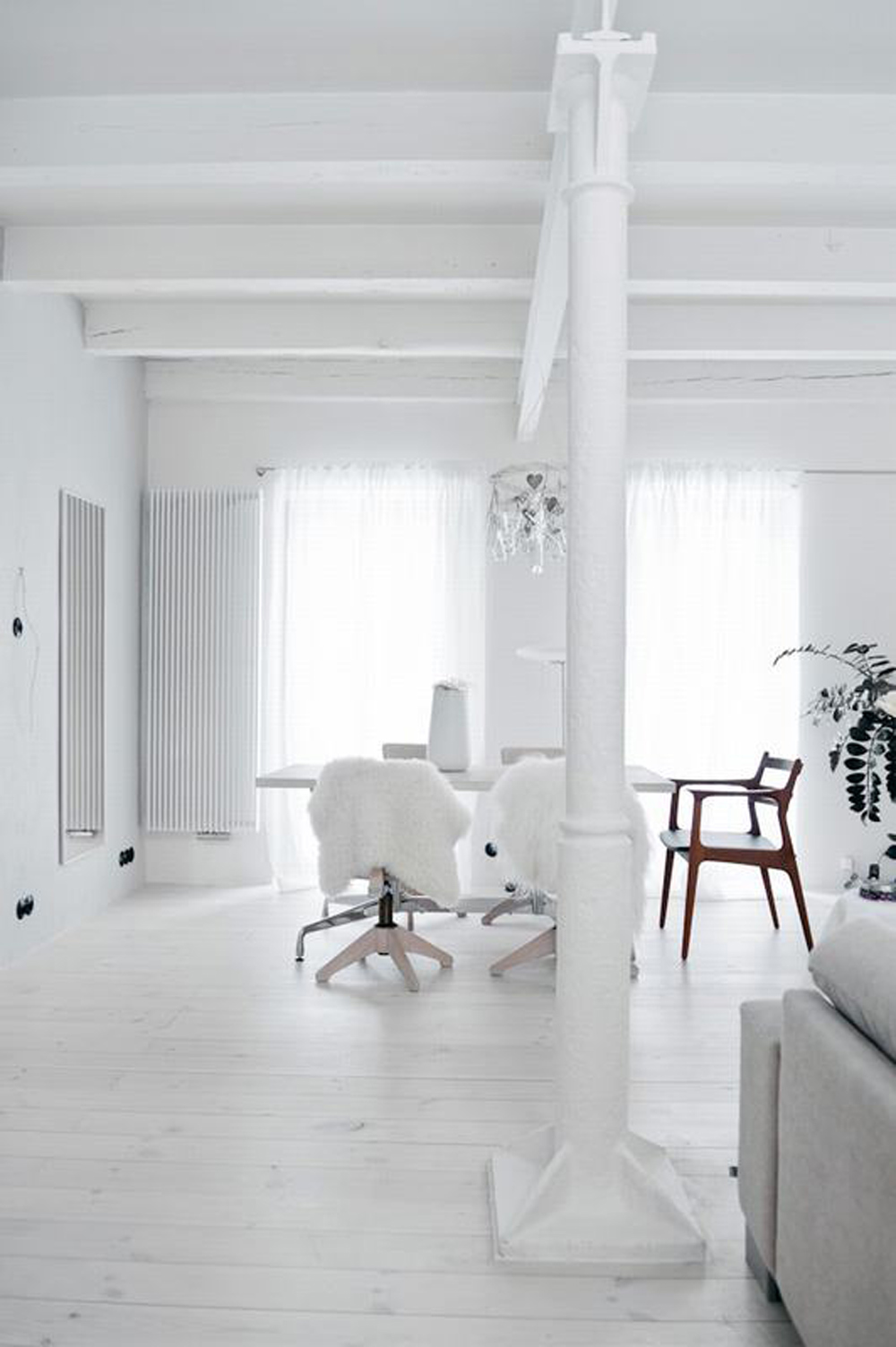 Oracle, Fox, Sunday, Sanctuary, Polish, Farmhouse, White, Minimalist, Interior, Indoor, Plants, Scandinavian, Style, All, White, Interior, Danish, Style, Office