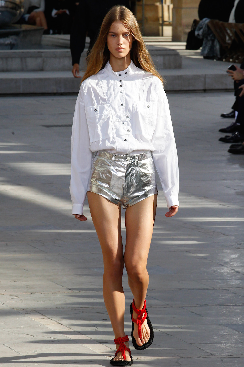 silver-isabel-marant-runway-ss16-spring-summer-rtw-2016-oracle-fox