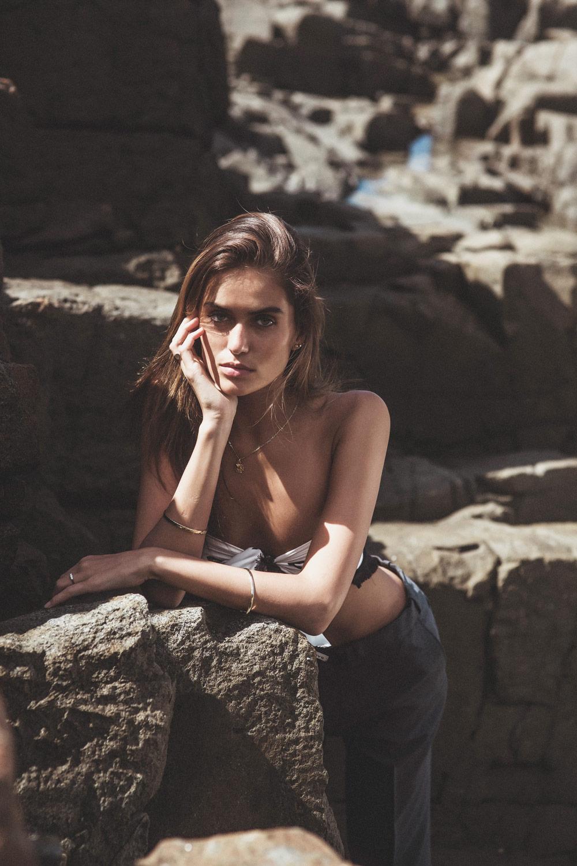 Talia Richman, Nat Lanyon, Amanda Shadforth, Photographer, photography, stylist, styling, beach editorial, photoshoot, swhite sneakers, balenciaga, model, gold jewellery, gold jewelry
