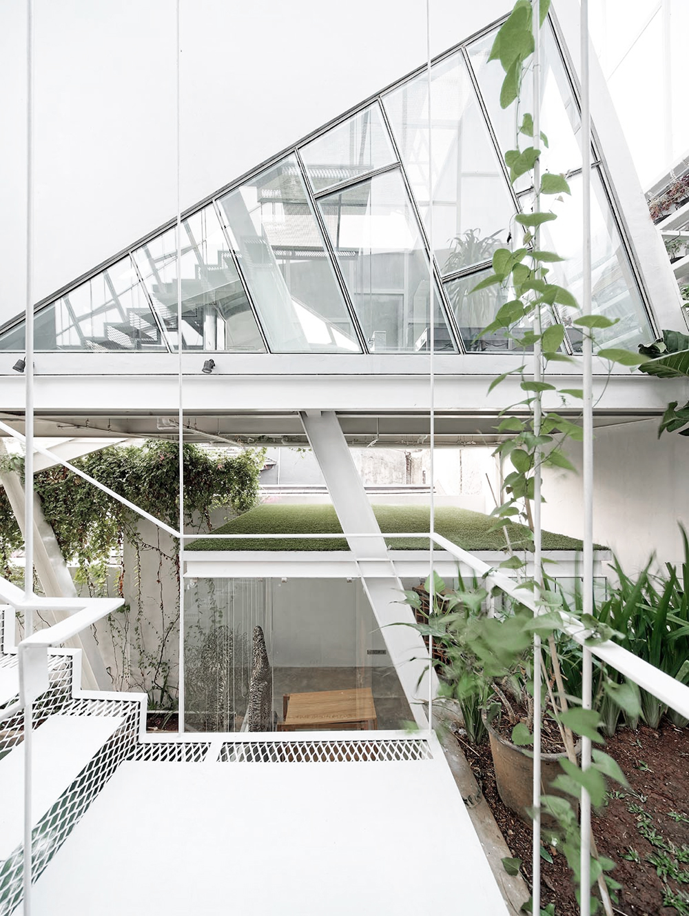 Oracle, Fox, Sunday, Sanctuary, Upside, White, Glass Bedroom, Interior, Architecture, Industrial, plants