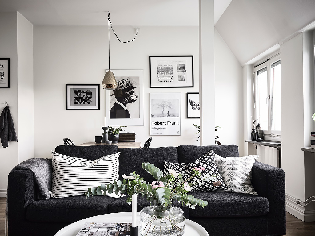 sunday-sanctuary-scandinavian-black-and-white-apartment-home-interiors-oracle-fox