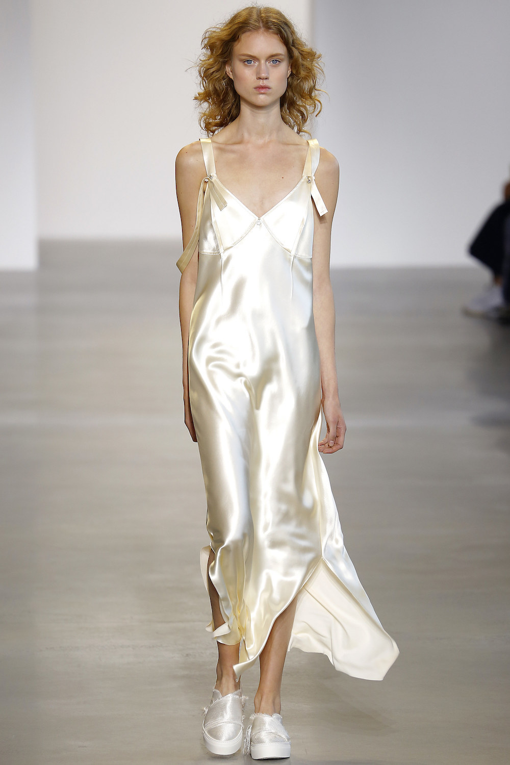 calvin-klein-ss16-silk-slip-cami-dress-runway-pyjama-trend-oracle-fox