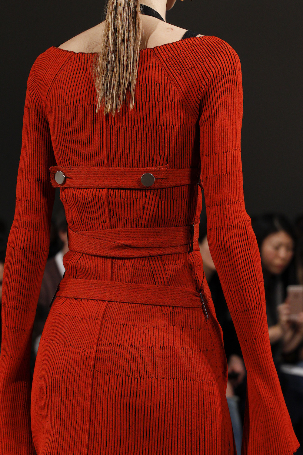 20.proenza-schouler-fall-2016-red-trend-oracle-fox