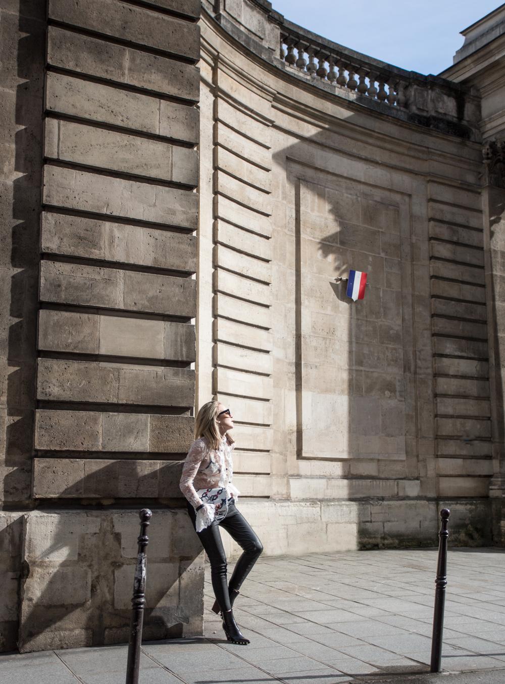 zimmermann, zimmermann lace blouse, zimmermann top, leather pants, paris street style, street style, celine boots, oracle fox,