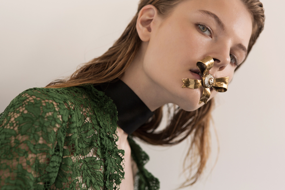 Gucci SS 2016, Editorial, Casey Matthews, Oracle Fox Journal, Gucci, Lace, Dress,