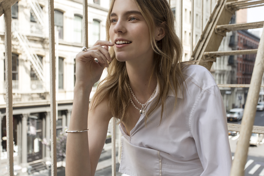 Tiffany & Co, Tiffany, Jewelry, Jewellery, Hardware, collection, gold necklace, ball ring, chain bracelet, new york, editorial, nicole pollard, amanda shadforth, oracle fox, campaign,