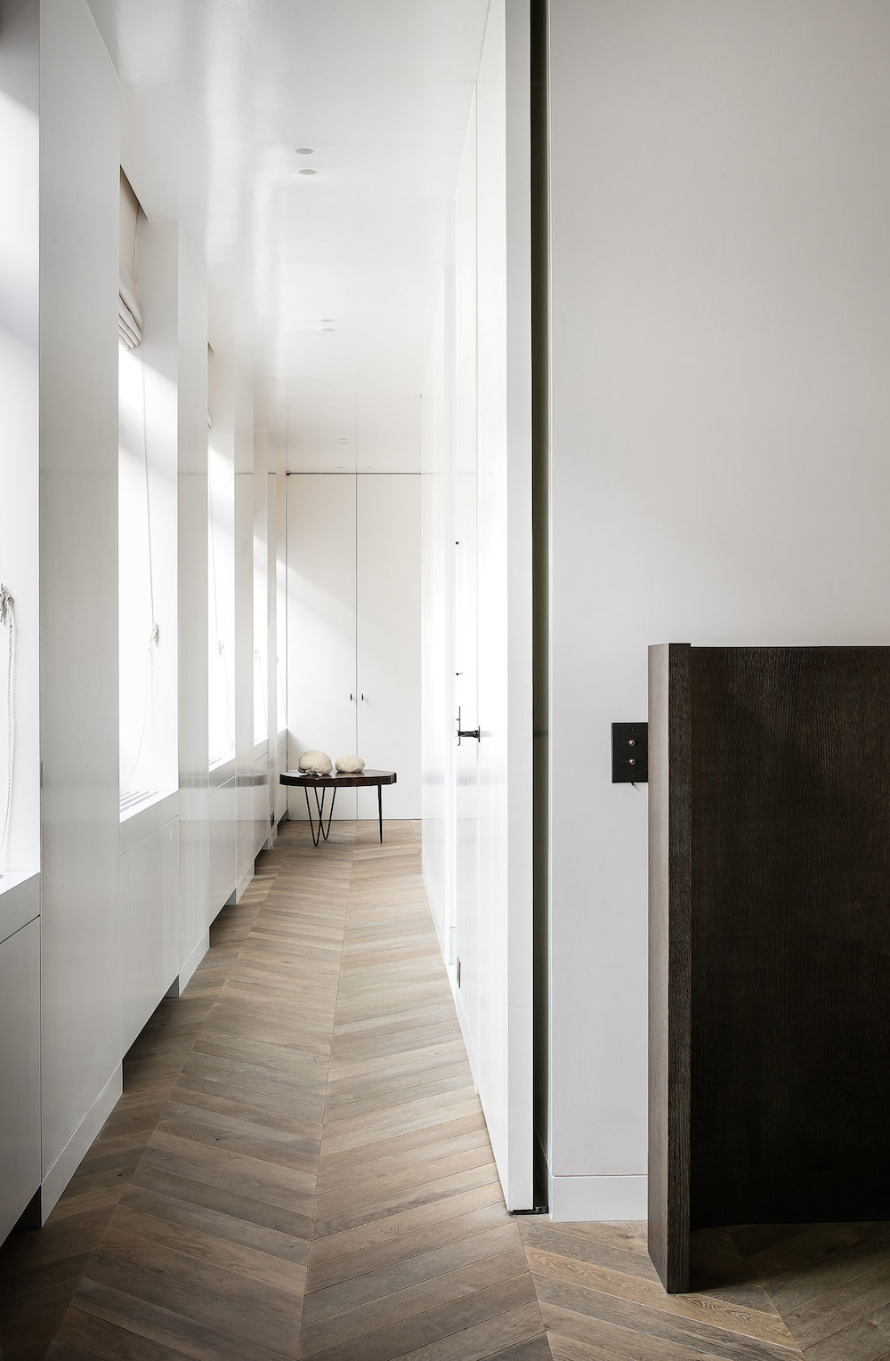 MK-House-Antwerp-by-Nicolas-Schuybroek-Architects-marble-interiors-tour-oracle-fox