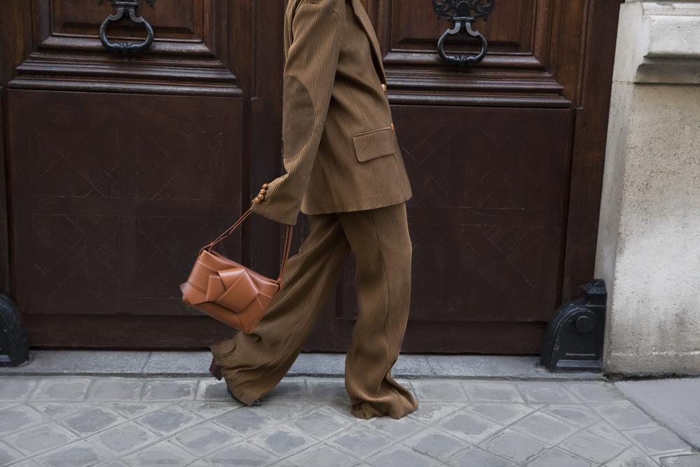 Acne-Corduroy-Brown-Suit-Knot-Bag-Paris.1