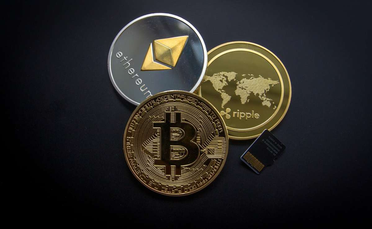 Spending Cryptocurrency Bitcoin Ripple Ethereum
