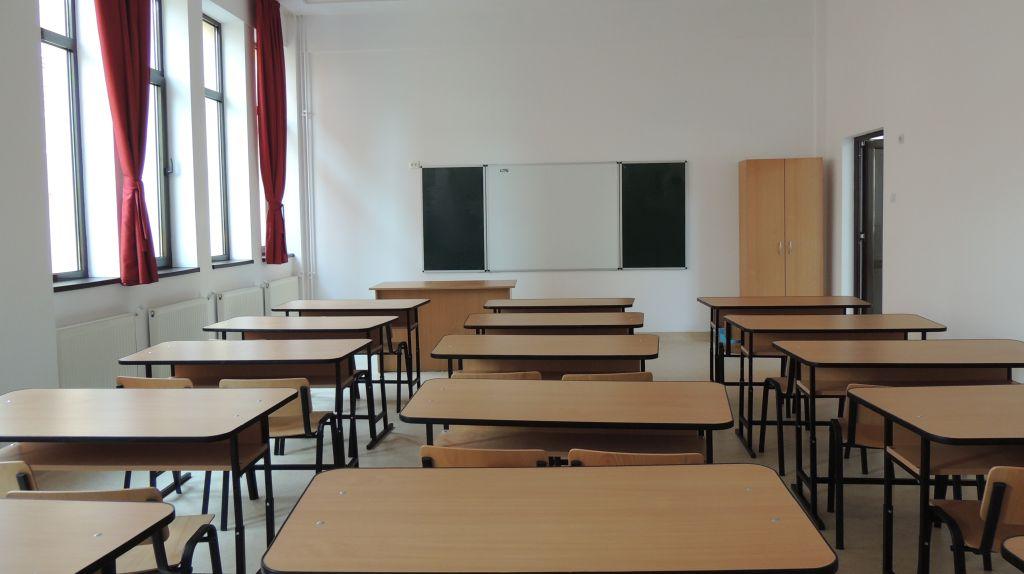 """Iohannis: """"Grădinițele, școlile, universitățile nu se vor redeschide în acest an școlar"""""""