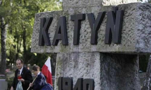 Sul-massacro-di-Katyn-gli-Usa-hanno-coperto-Stalin_h_partb.jpg