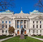 213px-Capitol_del_Estado_de_Indiana,_Indianápolis,_Estados_Unidos,_2012-10-22,_DD_04