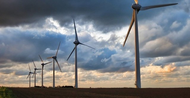 Passing Wind: the Wind Turbines Along Indiana's I-65