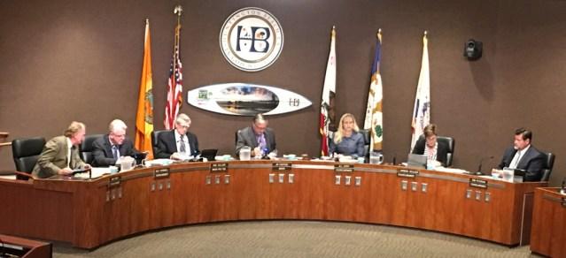 THE CURRENT Huntington Beach City Council (OC Tribune photo).