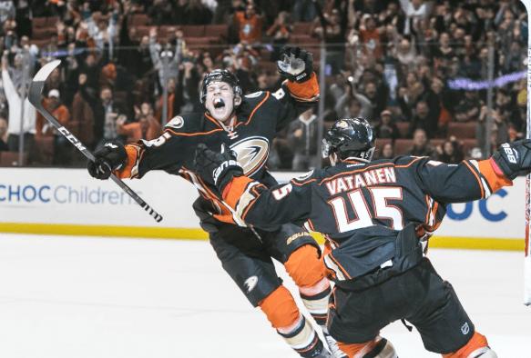 ONDEJ KASE celebrates scoring the game-winner Friday as the Ducks defeated the Arizona Coyotes 3-2 at Honda Center (Ducks photo).
