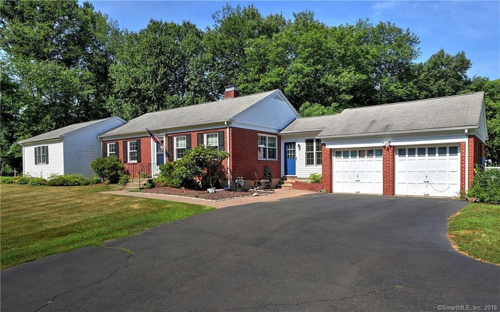 Open House: Beautiful Move In Ready Ranch With Hardwood Floors, finished Basement And A Workshop